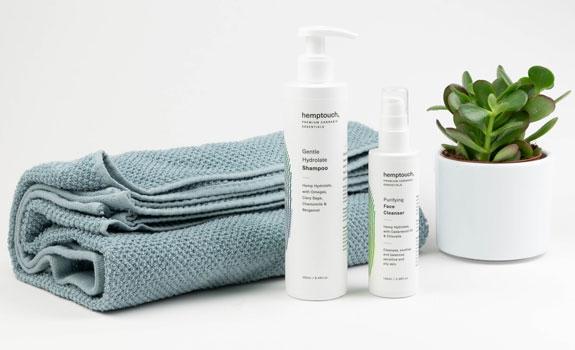 Detergente viso pirificante e shampoo delicato con idrolato di canapa