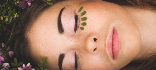 Rimedi naturali per la cura della pelle e dei capelli
