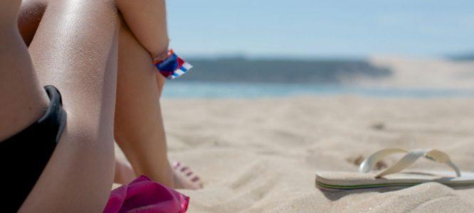 Naravna pomiritev kože po sončenju in po pikih komarjev